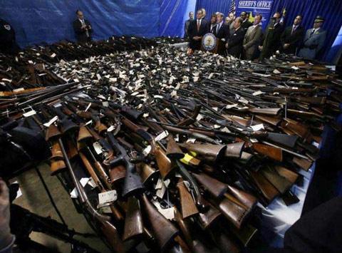 gun-confiscation-1