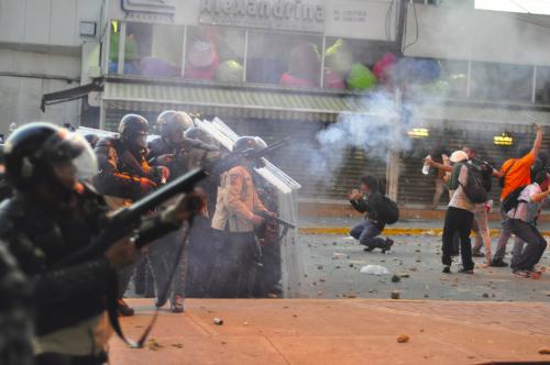 venezeula-riot-police-wikimedia